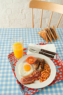 English breakfast - p9247174f by Image Source
