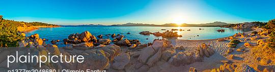 Italy, Sardinia, Olbia-Tempio district, Meediterranean sea, Costa Smeralda, Arzachena, Capriccioli beach - p1377m2048680 by Olimpio Fantuz