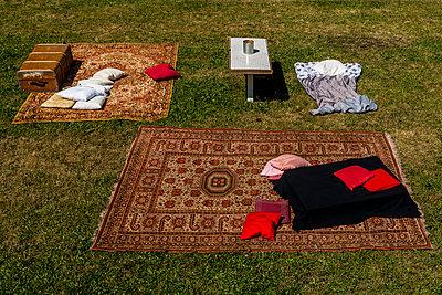Homelessness - p867m1065287 by Thomas Degen