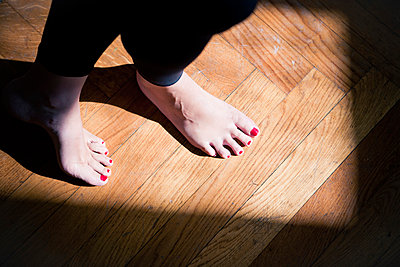 Painted Toenails - p795m946146 by Janklein