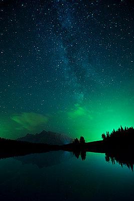 Nordlichter Two Jack Lake - p1341m1559671 von Conny Hepting