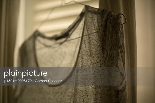 T-Shirt - p1321m2026172 von Gordon Spooner
