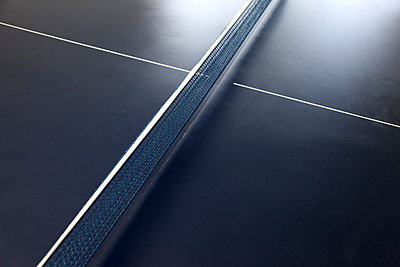 Ping-pong table - p664m852122 by Yom Lam