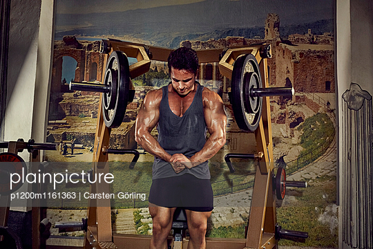 Bodybuilding - p1200m1161363 von Carsten Goerling