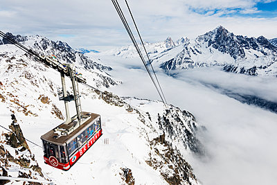 Sea of clouds weather inversion over Chamonix valley, Brevant cable car, Chamonix, Rhone Alps, Haute Savoie, French Alps, France, Europe - p871m1107299 by Christian Kober