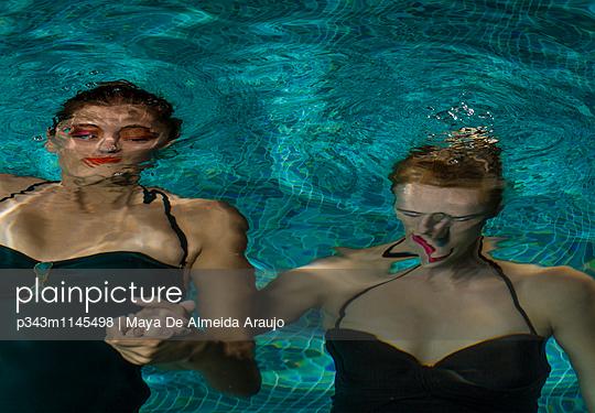 p343m1145498 von Maya De Almeida Araujo