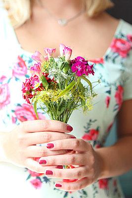 Vielen Dank für die Blumen! - p045m944450 von Jasmin Sander