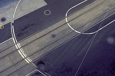 Straßenbahnschienen - p950m660991 von aleksandar zaar