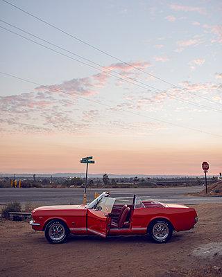 The Car - p1507m2028544 by Emma Grann