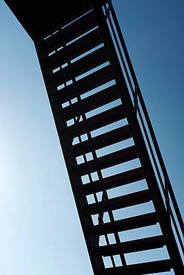 Treppe von unten - p1340m1559001 von Christoph Lodewick