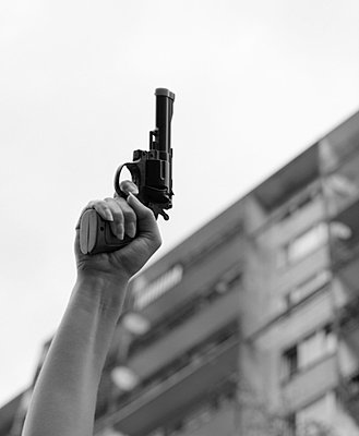 Finger on the trigger - p3420188 by Thorsten Marquardt