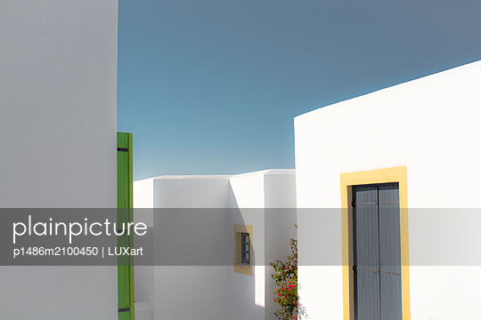 Apartments at Mediterranean - p1486m2100450 by LUXart