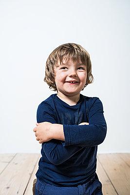 Lachen - p954m1513099 von Heidi Mayer