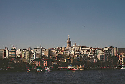 View on Galata with Galata Tower - p798m1025706 by Florian Löbermann