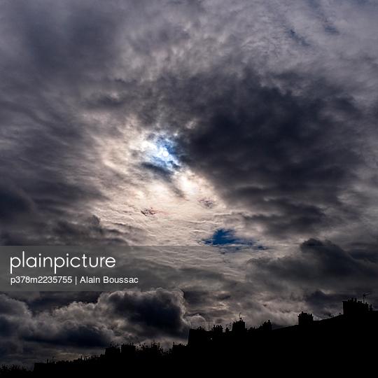Dramatic cloudy sky - p378m2235755 by Alain Boussac