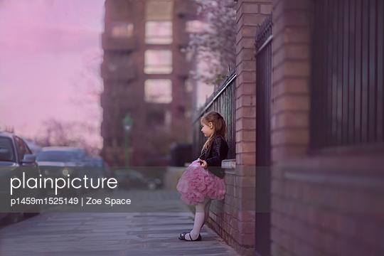 p1459m1525149 von Zoe Space