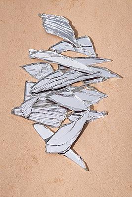 Broken mirror - p971m2278248 by Reilika Landen