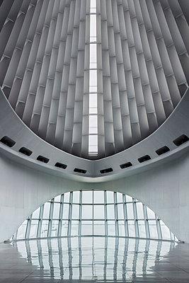 Milwaukee Museum - p1329m1172347 by T. Béhuret