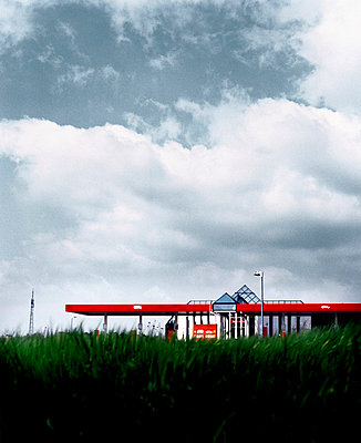 Filling station - p4280036 by Heise Sebastian