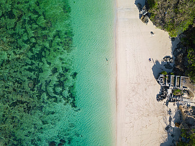 Indonesia, Bali, Aerial view of Karma Kandara beach - p300m2042544 von Konstantin Trubavin