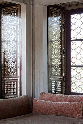 Orientalisches Zimmer - p045m1492101 von Jasmin Sander