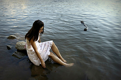Potomac Girl - p1019m816916 by Stephen Carroll