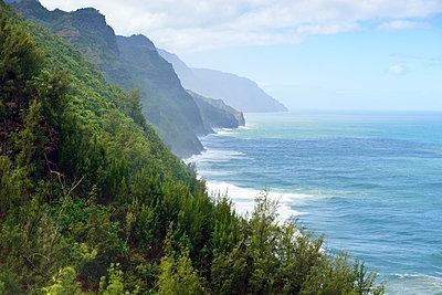 Blick vom Kalalau Trail auf die Napali Coast - p1196m1015239 von Biederbick & Rumpf