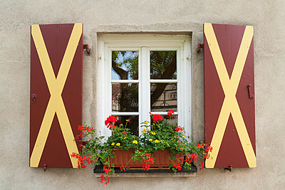 Window at a Castle - p867m769918 by Thomas Degen