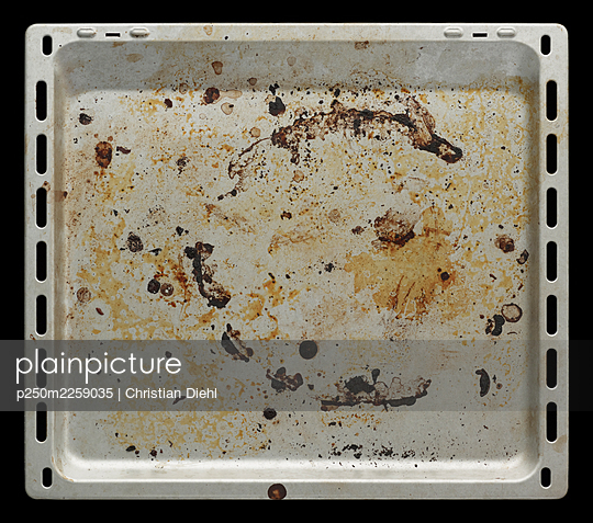Dirty baking tray - p250m2259035 by Christian Diehl