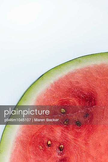 Scheibe einer Wassermelone - p946m1045107 von Maren Becker
