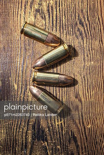 Four cartridges - p971m2283740 by Reilika Landen