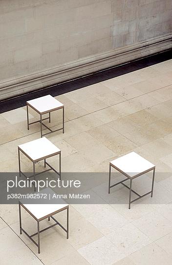 Tische - p382m982572 von Anna Matzen