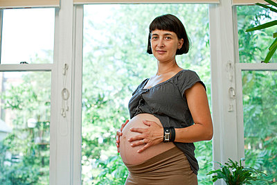 Portrait of expectant mother - p3722682 by James Godman