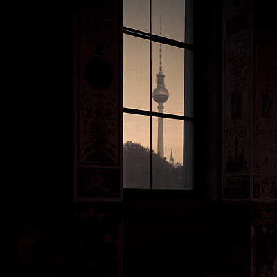 View of the Television Tower from a window, Berlin, Germany - p1062m1172156 by Viviana Falcomer