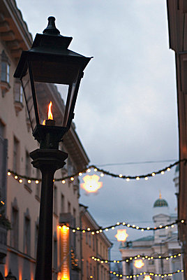 Gas lamp - p3226812 by Sari Poijärvi