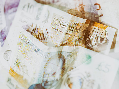 GBP notes - p401m2179204 by Frank Baquet