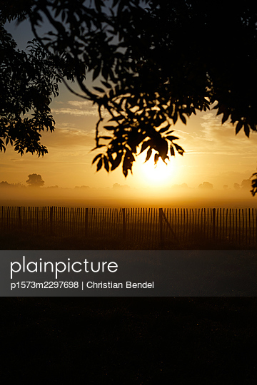 Sunrise in the country - p1573m2297698 by Christian Bendel