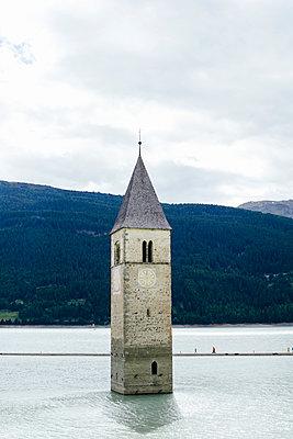 Versunkene Kirchturm im Reschensee II, Graun - p1357m1488492 von Amadeus Waldner