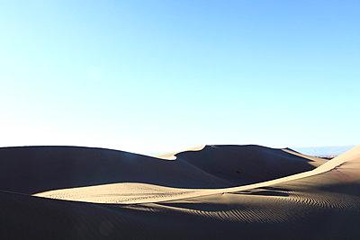 Dunes in Maroc - p503m2064071 by Fabrice Arfaras