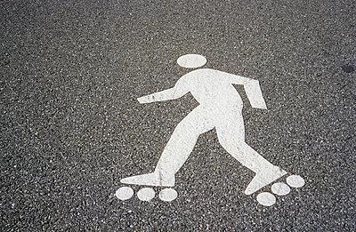 Roller skater - p2650527 by Oote Boe