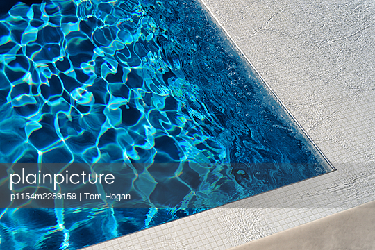 Pool - p1154m2289159 by Tom Hogan