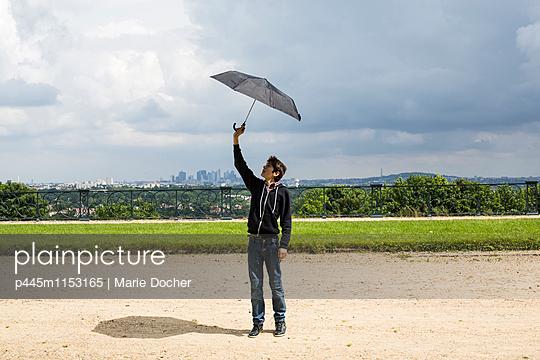p445m1153165 von Marie Docher