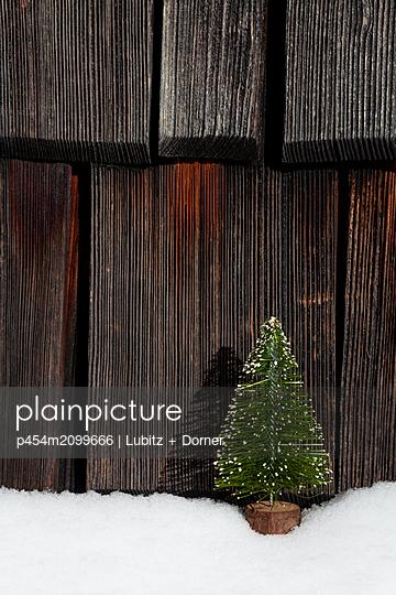 Simply christmas - p454m2099666 by Lubitz + Dorner