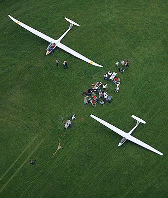 Glider - p1016m755483 by Jochen Knobloch