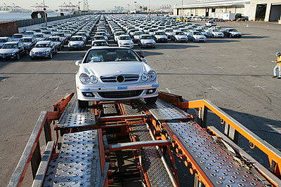 Car on trailer at car factory - p555m1301668 by Tom Paiva Photography