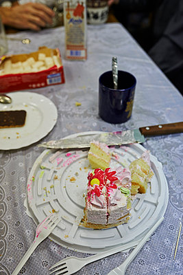 Cake - p390m973253 by Frank Herfort