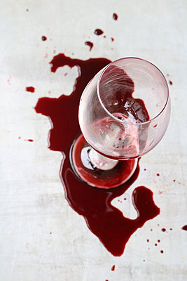 Spilled wine - p450m1573761 by Hanka Steidle