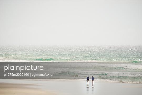 Strandspaziergang - p1275m2032160 von cgimanufaktur