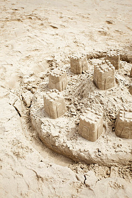 Sand castle - p5863434 by Kniel Synnatzschke