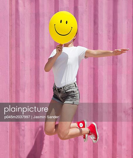 Because I´m HAPPY - p045m2037997 von Jasmin Sander